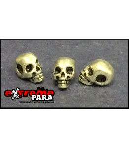 Small skulls with horizontal hole