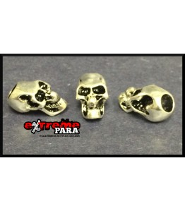 Large skulls with vertical hole